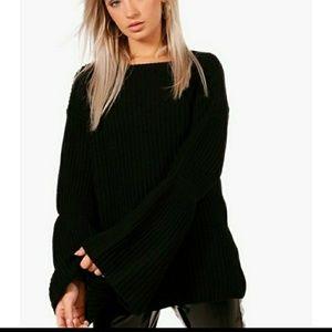 NWT Boohoo Black oversized knit sweater size M/L
